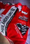 Verdient. Und sogar gutaussehend. Und Rot! Das Finisher-Trikot des Dreiländergiro 2011