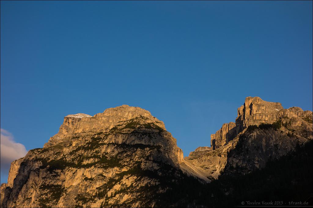 Morgensonne auf den Bergen