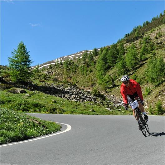 In der Abfahrt vom Umbrail-Pass (Foto: Sportograf)