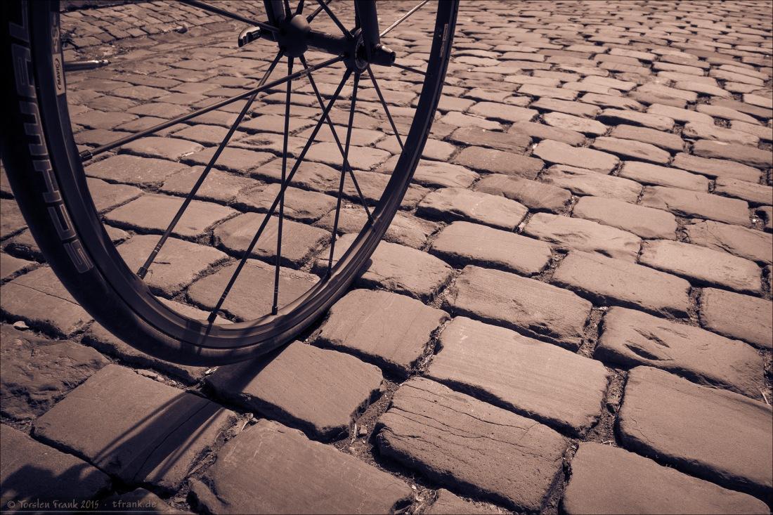 Keiner der Secteurs von Paris-Roubaix, sondern Laaspher Altstadt-Pflaster.