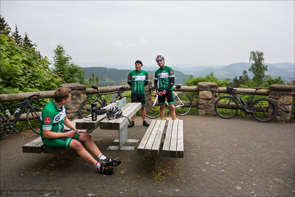 Jochen, Roland und Fabian auf der Hohen Bracht.