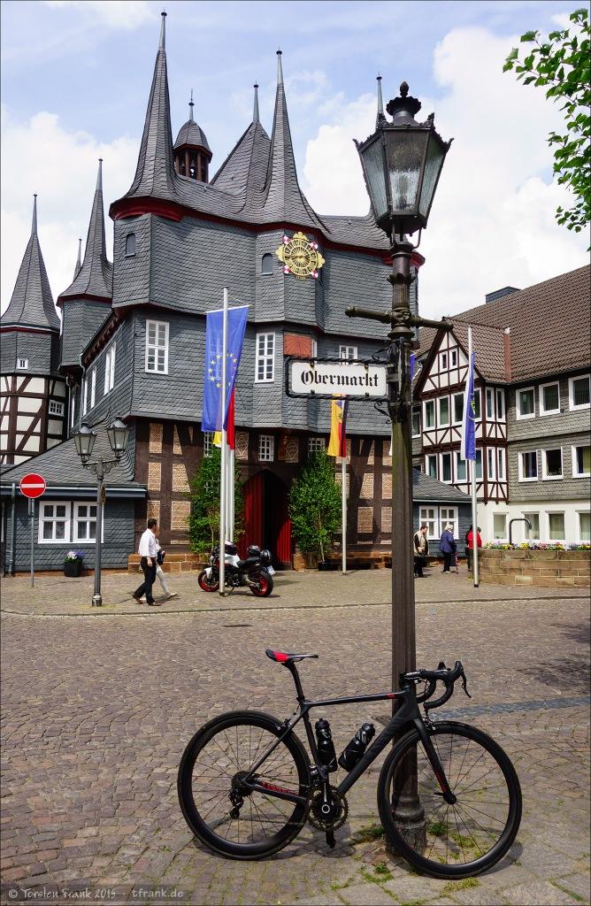 Das Frankenberger Rathaus gilt als eines der ältesten Fachwerkrathäuser in Deutschland.