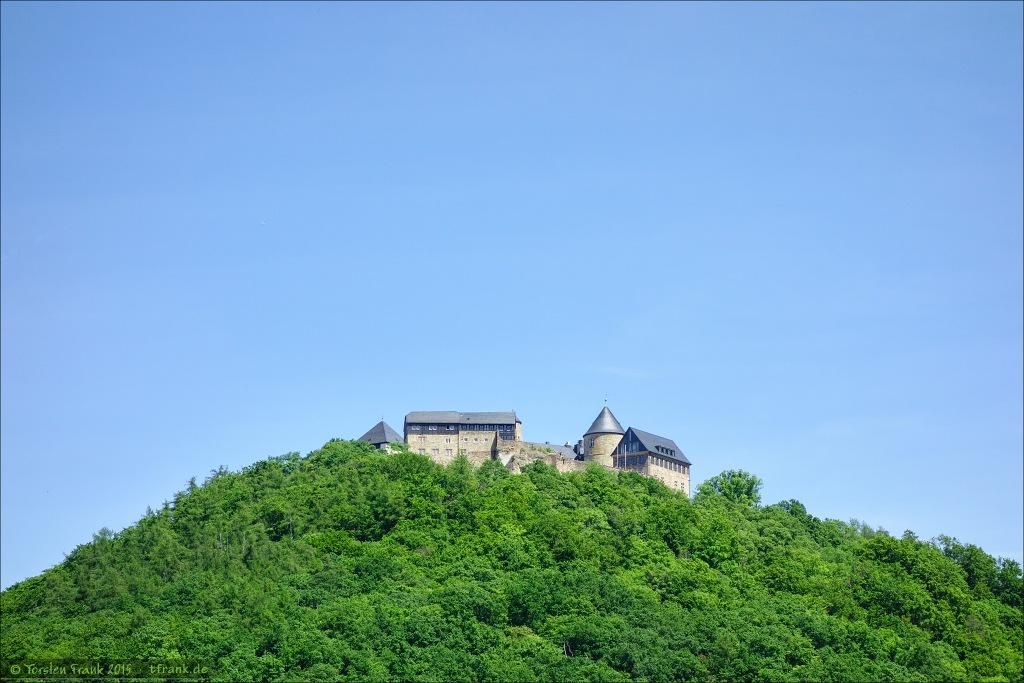 Schloss Waldeck thront hoch über dem Edersee.