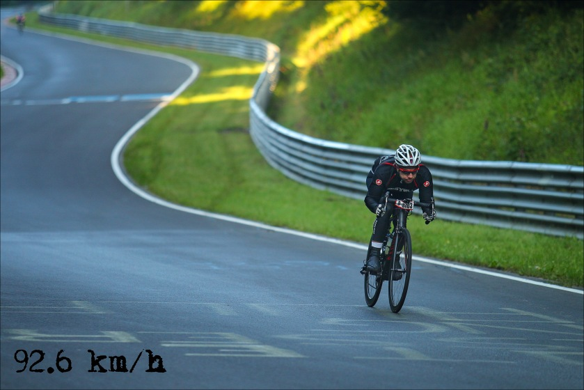 Runde 4 - in der Fuchsröhre. Going low and going fast ;-) 92,6 km/h. (Foto: Sportograf)
