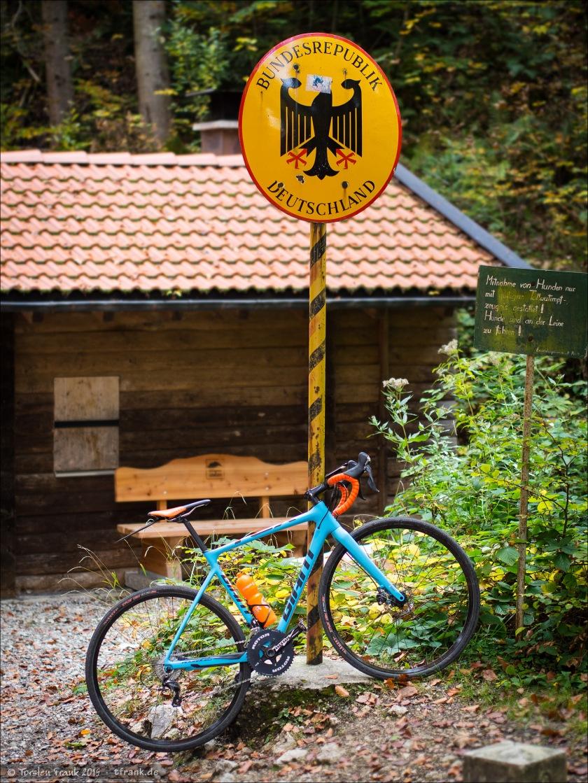 Cxploring zwischen Tirol/Österreich und Allgäu/Deutschland in den Allgäuer und Ammergauer Alpen. Von Pinswang kommend auf dem Weg zum Alpsee mit meinem Giant TCX Advanced Pro 1.