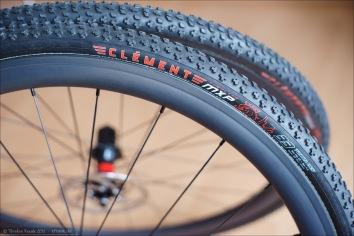 Clément MXP Tubular Reifen auf 38 mm Carbonfelgen