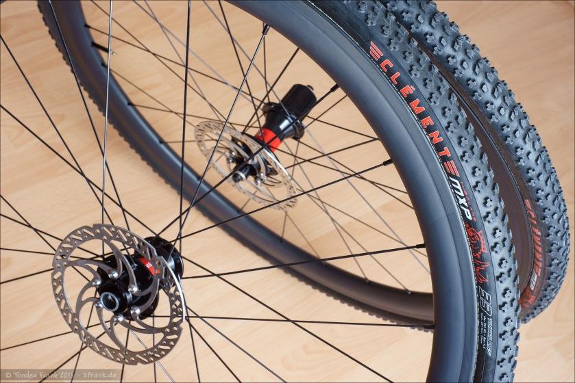 neue laufr der und neue reifen f r das crossbike torsten. Black Bedroom Furniture Sets. Home Design Ideas