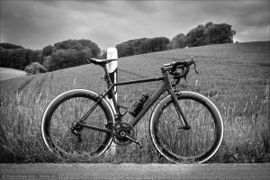 Canyon Ultimate CF SLX mit Zipp 404 Firecrest Carbon-Clinchern