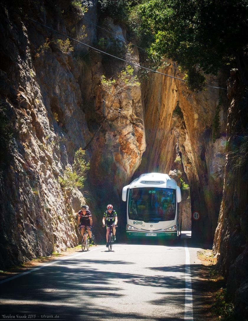 11327_0084-SaCalobra-Bus_2048