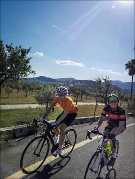 Jenni und ich auf dem Weg zurück. Foto: Fabian.