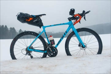 Training dedication in January :) My crosser as my testing platform. Profile Design V2+ Aerobars and Ortlieb Seat-Pack.