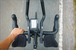 Profile Design T1+ Aerobars with 3T extensions. Note how the shape of the pads helps to give additional clearance for my forearms. Also the height above the bar and the position behind the bar helps. Nevertheless I can grab only the outer part of my handlebar tops. A flip up pad would provide better clearance. But I haven't found a flip up pad featuring aerobar which ticks all the other important boxes...