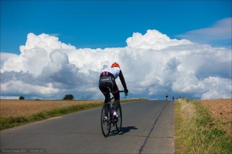 11336_0363-ciclista_cloud_2048