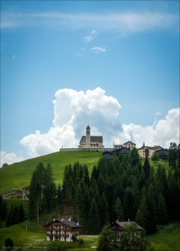 Kirche in Colle Santa Lucia.