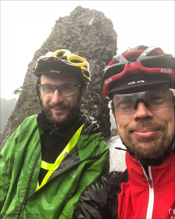 Schnelles Selfie mit Michal am Ausblick zur Rheinschlucht.