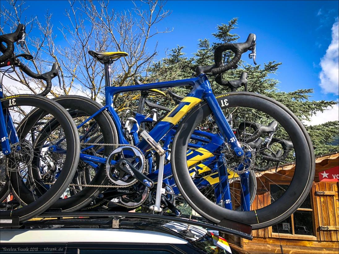AquaBlue Sport fährt in dieser Saison mit den Strada von 3T