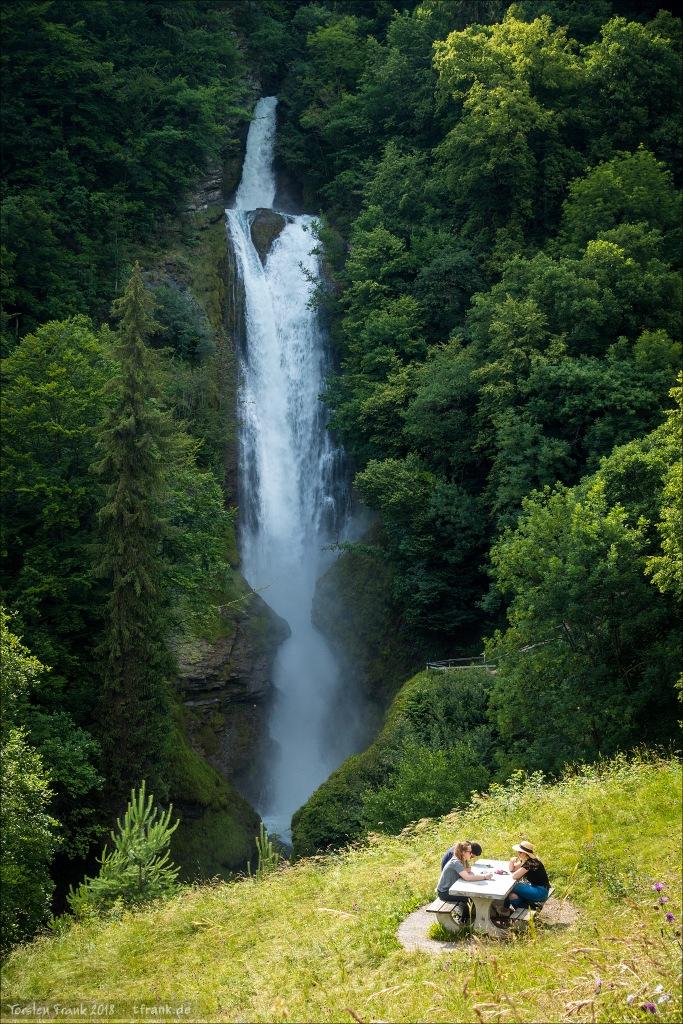 11352_0642-Wasserfall-Picknick_2048