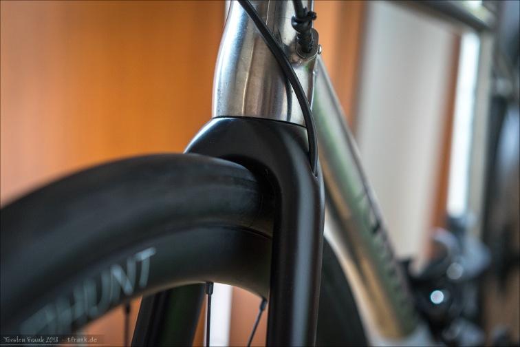5 bar - Nichts zu machen. 0 Reifenfreiheit an der Krone, Reifen sitzt fest.